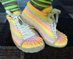 Crochet Socks, Knitting Socks, Knit Crochet, Slipper Socks, Slippers, Spring Boots, Knit Shoes, Handicraft, Adidas Sneakers