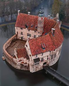 Beautiful Castles, Beautiful Places, Cool Places To Visit, Places To Travel, Germany Castles, Voyage Europe, Fortification, Medieval Castle, Large Photos