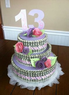 Money cake w paper rosettes -inspiration only Money Birthday Cake, Money Cake, Birthday Gifts, Birthday Ideas, 13th Birthday Parties, 16th Birthday, Happy Birthday, Craft Gifts, Diy Gifts