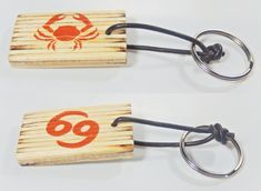 Key holder with zodiac sing and astrological symbol cancer, birthday gift, keys organization, Valentine's Day, gift for him, gift for her, by BurnedMatchCreations on Etsy