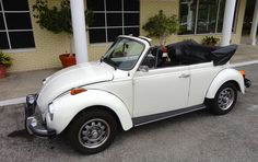 Vintage Cars, Antique Cars, Vw Cabrio, Vw Beetle Convertible, Vw Beetles, Exotic Cars, Cars And Motorcycles, Dream Cars, Volkswagen