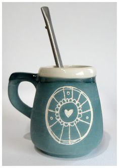 Ceramic Bowls, Ceramic Pottery, Yerba Mate, Egg Holder, Painted Chairs, Sgraffito, Mug Cup, Tea Pots, Mugs