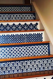 One of these days I'm going to get rid of the carpet on the stairs and try this