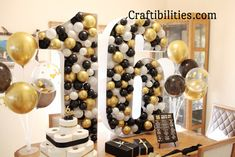 GIANT mosaic numbers / letters filled with balloons - Party decoration idea - DIY How to make tutorial - 18th birthday Large Balloons, Number Balloons, Letter Balloons, White Balloons, Birthday Balloon Decorations, Diy Party Decorations, Birthday Balloons, Qualatex Balloons, Party Table Centerpieces