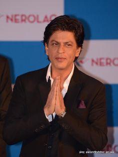 शाहरुख खान @iamsrk को नमस्ते।