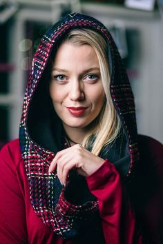 SCARF WITH A HOODIE red check #riskmadeinwarsaw #hygge #scarf #hoodie #szalik #kaptur #wintergirl #winter #cozy #beauty