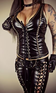 Wild Style, Her Style, Leder Outfits, Cyberpunk Fashion, Glam Rock, Bodycon Dress, Metalhead, How To Wear, Bustiers