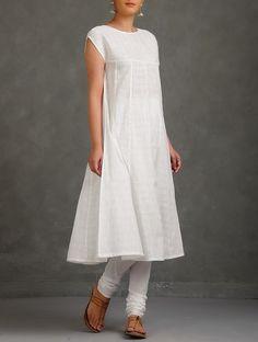 Buy Ivory Pintuck Detailed Yoke Mukaish Embellished Cotton Kurta with Tie Up…