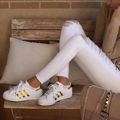 Gold Adidas Superstars New in the box gold Adidas Superstars. They fit slightly…