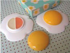 AVON 'egg' lip gloss