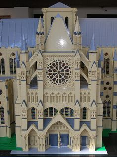 Architecture / Westminster Abbey by Lego Monster, via Flickr
