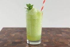 Limonana - Frozen Mint Lemonade Recipe for a simple, sweet, refreshing ...