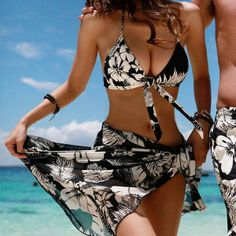"""""""2013 Fashion Sexy Bowknot Decorated Halter Women Swimsuit"""""""