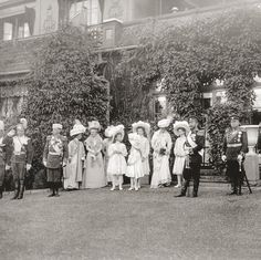 Nicholas and Alexandra with their four daughters, circa 1909. Photo courtesy of Tatiana Z/Flickr