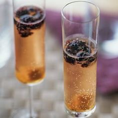 I'm thinking huckelberry champagne cocktails instead of blackberry? Cocktail Drinks, Fun Drinks, Yummy Drinks, Cocktail Recipes, Alcoholic Drinks, Cocktail Ideas, Cocktail Parties, Raspberry Cocktail, Champagne Drinks
