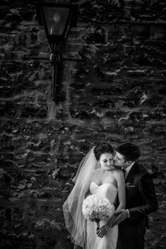 Love the body of this veil and the drama it creates.  Photography by davinaplusdaniel.com