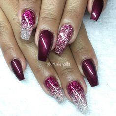 """Black cherry & pink/white glitter fade for my sweet @missstaciia ❤️ #naglar #nagelkär #nagelteknolog #naglarstockholm #nagelförlängning #uvgele #gele…"""