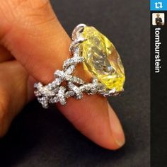 A 15.75 fancy intense yellow in the most marvelous setting. I just had to regram this #JAR beauty. Repost  #piaget jewelry #jewelryfrom @tomburstein with @Repost.gr.gr-app...