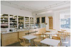 Scarlets Bakery * L