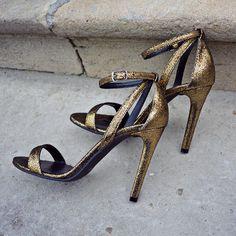 #the5thelementshoes #rosettishowroom #springsummer #collection #sandals #readytogo #highheels