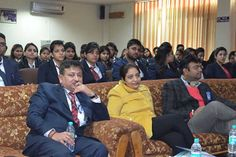 Management Students, Principal  CBS & Faculty members attended the digital marketing workshop