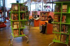 Besökare i Serieteket. Graphic novels and comics library in Stockholm, Sweden.