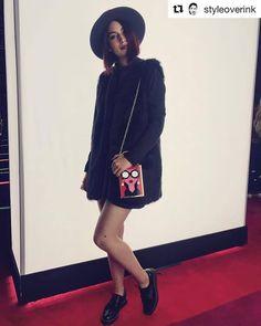 Con zapatos Oxford puedes acompañar los looks casuales o los elegantes ¿Cómo llevas los tuyos?  Outfit de @styleoverink  #xticolombia #xtisantorini #xtiworld #outfitoftheday #shoes #oxford #zapatos Shoes Oxford, Santorini, Lifestyle, Oxford Shoes, Design Trends, Shoes Sandals, Over Knee Socks, Feminine, Elegant