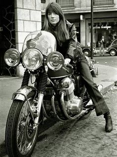 Girl on an old motorcycle: Post your pics! - Page 1086 - ADVrider
