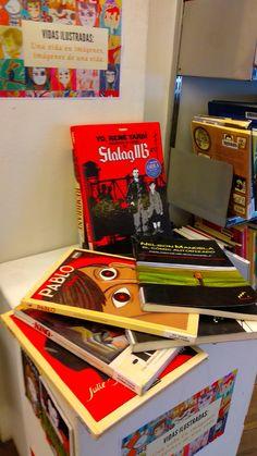 Vidas ilustradas: una vida en imágenes, imágenes de una vida. Biografías en cómic. Arcade Games, Reading Room, Shop Displays, Life