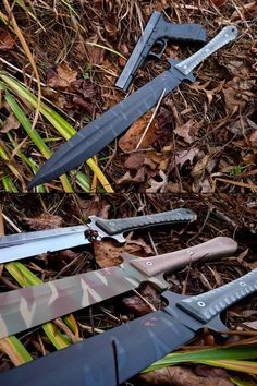 Tactical Gladius by Omnivore Blade-Works - http://earth66.com/tactical-gladius-omnivore-blade-works/