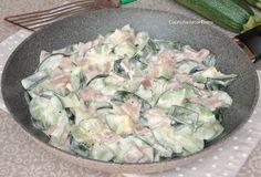 Facilissime e velocissime da preparare, le Zucchine Cremose in Padella sono pronte in 10 minuti e sono perfette da servire come contorno o secondo, le adoro