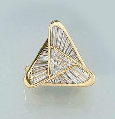 Art Deco diamond cluster ring by Miyako