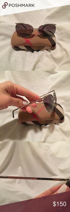 Authentic Burberry sunglasses New Accessories Sunglasses