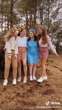 Best Friends Whenever, Crazy Things To Do With Friends, Fun Places To Go, Beautiful Places To Travel, Bff Goals, Best Friend Goals, Best Friend Activities, Besties, Pumba
