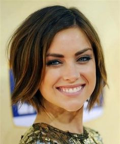 Best Short Length Wavy Hairstyles