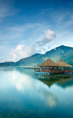 Lake kitamani Indonesia #lake #awesome #beautiful #place #bestplace #good #travel  #nice #picoftheday #loveit #seraph #seraphstore  www.seraphstore.com