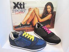 Las zapatillas deportivas salen del gimnasio y se cuelan en nuestros looks más diarios. Retro running de XTI con brillantitos.