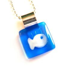 Blue and white fish pendant  hand painted glass  by azurine, $20.00