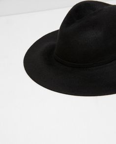 Image 2 of SPECIAL EDITION SUPER SOFT TOUCH WIDE BRIM HAT from Zara