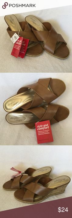 """NWT Tan Wedge Sandals with Memory Form Insoles! NWT Dexflex Comfort, Tan 3"""" Cork Wedge Sandals by Dexter Shoe Company. Company tag: """"Style and comfort. Experience our premium memory foam insoles and all-day wearability. Happiness for your feet"""". Dexter Shoe Company Shoes Wedges"""