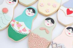 46 Russian Doll Inspirations - From Pop Culture Nesting Dolls to Matryoshka Confections (TOPLIST) Cute Cookies, Cupcake Cookies, Sugar Cookies, Cupcakes, Biscuits, Craft Packaging, Paint Cookies, Cookie Time, Matryoshka Doll
