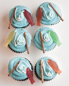 Fishing Cupcakes I recently got to make these super cute, super easy cupcakes for my little cousin Foster's third birthday party. The party was fishing t. First Birthday Parties, First Birthdays, Third Birthday, Fish Cake Birthday, Fishing Birthday Cakes, Boy Birthday Cupcakes, Fathers Day Cupcakes, Birthday Ideas, Fathers Day Cake