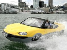 amazing rinspeed's first underwater Car in the world
