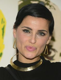 Nelly Furtado Photos - Nelly Furtado attends CartelArt Presents Ben Levy Art Hosted By Tyson Beckford on December 2015 in Miami, Florida. - CartelArt Presents Ben Levy Art Hosted by Tyson Beckford Very Beautiful Woman, Beautiful People, Best Selling Albums, Tyson Beckford, Nelly Furtado, Billboard Hot 100, Comedy Films, Canadian Artists, Female Singers