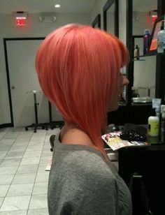 I think this is pretty much exactly what I want... But not in red and my bangs will have to be more side-swept - I think I'll start with something a little longer though and I can cut it to this if I decide to.