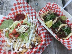 Enjoyed lunch in the park with my @kcids_evanp.  The tacos Barbacoa  and chicken nachos were delicious and spicy, just the way I like it.  Food from #LaChulaLatinFood -  A Latin food truck experience - serving dishes from Mexico El Salvador cooked by real latin people.  You can taste the difference!