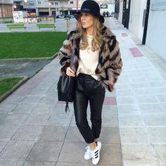Finally...Hi! Hoy súper tarde después de un día off completo y agotador! Un beso de buenas noches y gracias #look #lookbook #lookoftheday #ootd #outfit #outfitpost #outfitoftheday #picoftheday #photooftheday #trendy #trendsetter #tagsforlikes #todayiamwearing #style #stylish #streetstyle #streetfashion #fashion #fashionista #fashionblogger #fashiondiaries #whatiwore #instagood #instalook #instamood #instadaily #instastyle #instablogger #instafashion #zara by misscanle
