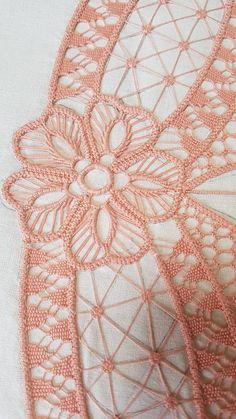 diane duteau's media content and analytics Tatting Patterns, Lace Patterns, Crochet Patterns, Lace Embroidery, Embroidery Patterns, Bruges Lace, Romanian Lace, Bobbin Lacemaking, Lace Art