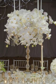 Beautiful! white orchid center piece