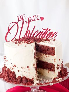 Red Velvet & Cheesecake Layer Cake - Megasilvita